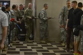 thanksgiving army jble leadership serves thanksgiving meal u003e joint base langley