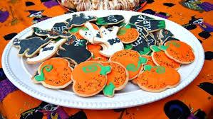 Halloween Pumpkin Sugar Cookies - simply taralynn u2014 frosted halloween sugar cookies bats cats