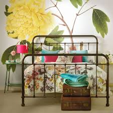 Bedroom Colour Schemes Ideal Home - Colourful bedroom ideas