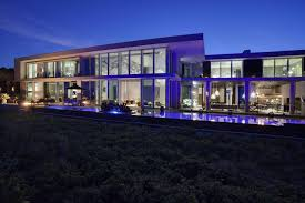 fully automated oceanfront florida house with amazing lighting is