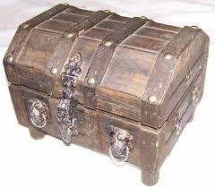 small treasure chest jewelry box