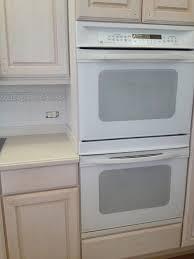 Modern Kitchen With White Appliances What White Paint For Kitchen Cabinets With White Appliances