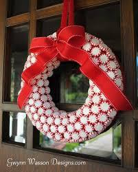 Christmas Wreath Decorating Ideas Photos by Top 35 Astonishing Diy Christmas Wreaths Ideas Amazing Diy