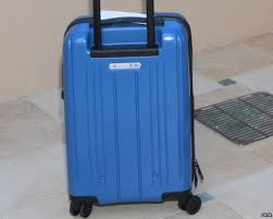 who what why is this the perfect size of carry on air luggage