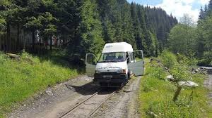ford transit off road file cff viseu ford transit draisine comanu jpg wikimedia commons