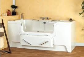 siege pour baignoire pour personne handicapee siege baignoire pour personne