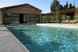amenagement autour piscine hors sol déco amenagement autour de la piscine avignon 22 amenagement