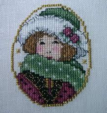the treehouse 365 cross stitch designs bookazine