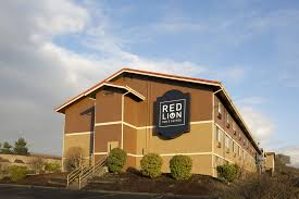 Red Cottage Inn Suites by Book Red Lion Inn U0026 Suites Federal Way Tacoma Hotel Deals