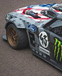 hoonigan mustang drifting watch ken block attack pikes peak in his 1 400 hp all wheel drive