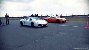 bugatti veyron vs lamborghini gallardo lamborghini gallardo lp560 4 vs wrapped orange bugatti veyron