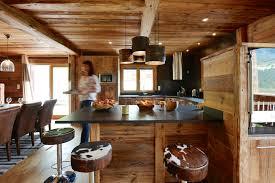 cuisine chalet montagne cuisine chalet montagne idées décoration intérieure farik us