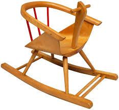 chaise vintage enfant chaise à bascule pour enfant en hêtre édition baumann 1960