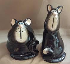 home design whimsical ceramic cat salt amp pepper shakers