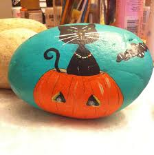 Halloween Kitty by Halloween Kitty Painted Rock Painted Rocks By Me Pinterest