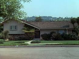 the real brady bunch house los angeles california break in at brady bunch house in studio city california police