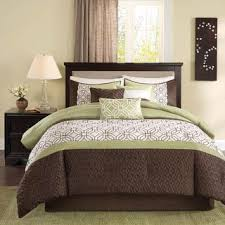 bedding outlet stores 26 best bedding images on pinterest bedroom ideas quilt sets