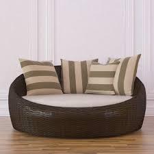 model circular day bed wicker