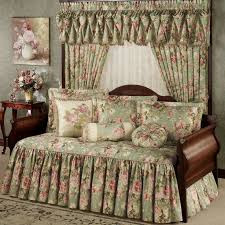 Daybed Bedding Ideas 48 Best Daybed Bedding Images On Pinterest Daybed Bedding 3 4