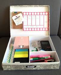 College Desk Organization by 18 Amazing Diy Projects For Your Dorm Room That Will Save Space