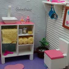 Interior Design Simple Barbie Theme by Best 25 Barbie Bathroom Ideas On Pinterest Barbie House
