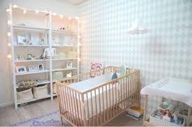 guirlande lumineuse chambre bebe guirlande lumineuse chambre fille chambre enfant le nuage et la