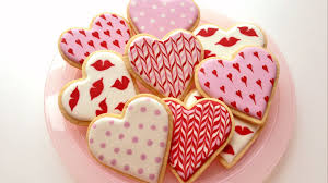 Decorated Gourmet Cookies Learn How To Decorate Cookies For Valentine U0027s Day Using The Royal