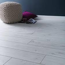 lifestyle chelsea loft oak 8mm laminate flooring