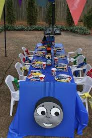 94 alexander u0027s thomas train party ideas images
