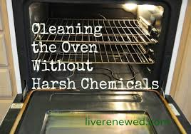 how to clean the oven without harsh chemicals