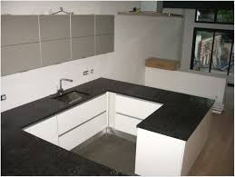 kitchen backsplash ideas with cream cabinetss