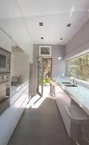 cuisine en longueur am駭agement amenagement cuisine avec maison interieur inspirant cuisine