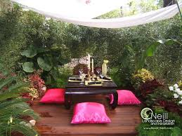 Courtyard Garden Ideas Peaceful Seating Area Gardens Pinterest Gardens Tropical
