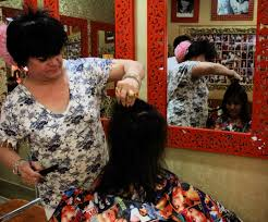 hair salons for crossdressers in chicago meet india s first trans woman and celebrity hair stylist sylvie