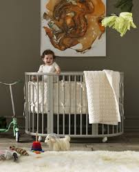 cool round baby crib designs  kidsomania with delve in to check out some gorgeous round crib designs and pick the style  that is the best for you precious little one from kidsomaniacom