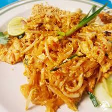 recette cuisine thailandaise traditionnelle le pad thaï recette du plat national de la thailande