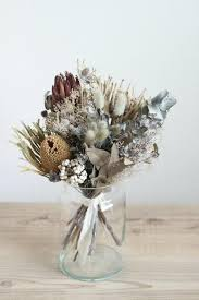 Dry Flowers Decorate With Dry Flowers U2013 22 Alternatives To Fresh Flowers