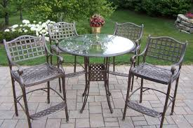 Iron Table And Chairs Patio 6 Easy Ways To Remove Rust Stains Out Of Metal Outdoor Furniture