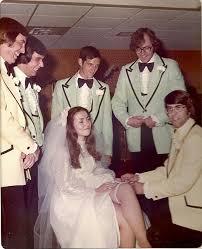 jarretiere mariage la jarretière de la mariée histoire idées et modèles