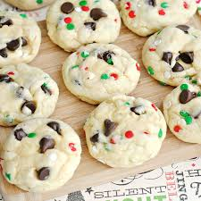 68 festive christmas cookie recipes delicious holiday cookie ideas
