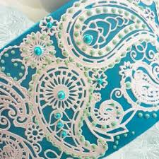 cake lace gold