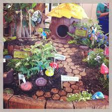 Diy Fairy Garden Ideas by How To Build Green Diy Fairy Garden For Small Front Yard Mini