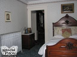 Lizzie Borden Bed And Breakfast Lizzie Borden House Haunted Places Fall River Ma 02721