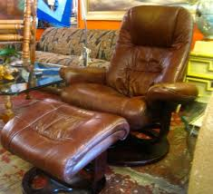 Vintage Leather Recliner New Money Lane Modern Leather Recliner And Matching Ottoman