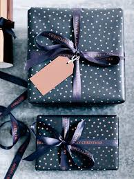 polka dot gift wrap 15 modern ways to wrap your christmas gifts