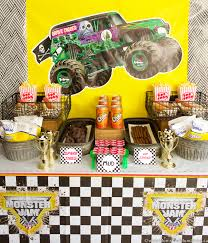 truck birthday party truck birthday party ideas munchkins