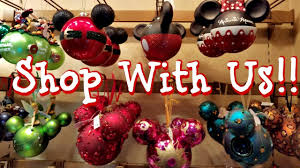 shop with me disneyland christmas decor castle holiday shoppe 2017
