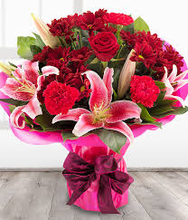 Roses And Lilies Lucky Star Red Rose U0026 Pink Lily Bouquet Send Flowers Online