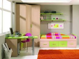Small Bedroom Ideas For Girls - Teenage bedroom designs for small spaces