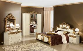 Silver Bedroom Furniture Sets by Delightful Black And Silver Bedroom Set 3 Gold Italian Bedroom